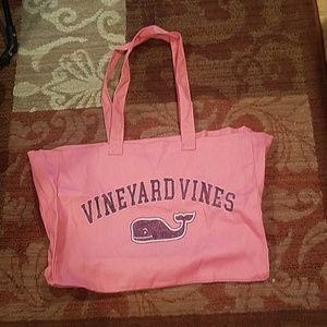 Nwot Vineyard vines whale tote